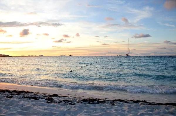 Atardecer en las playas de Cancún
