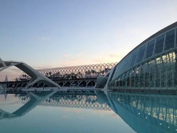 Ciuda-de-las-Artes-y-las-Ciencia-de-Valencia ▷ 10 lugares imprescindibles con niños en Valencia