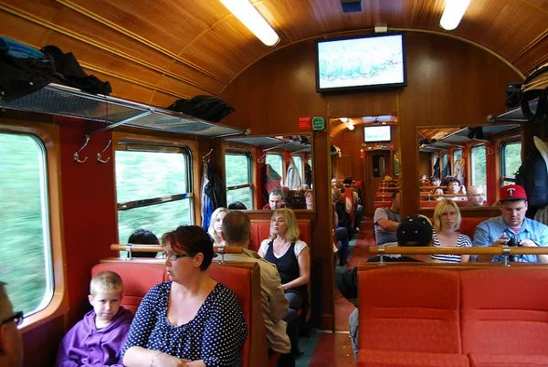 El interior del Tren de Flåm