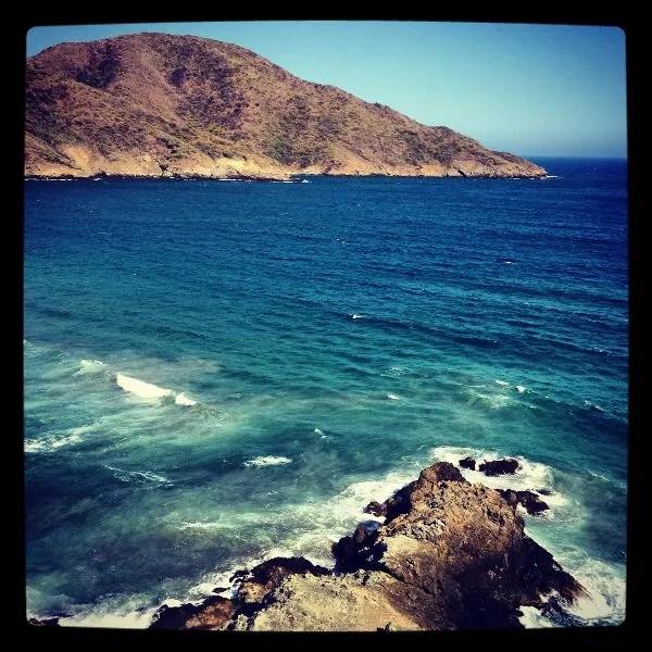 El mirador de las siete olas en el PNN Tayrona