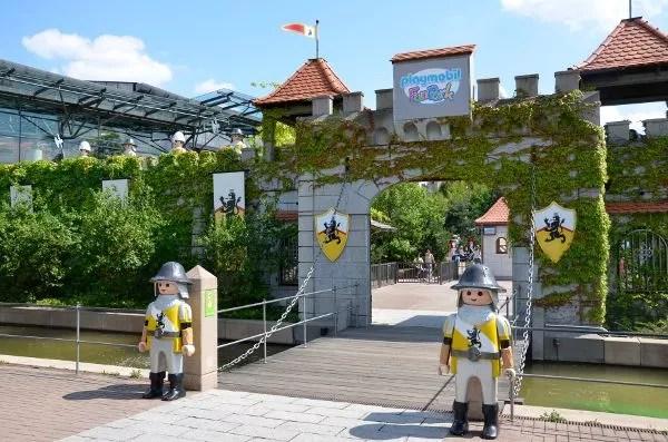 Playmobil FunPark Viajes a Alemania con nios  el pachinko