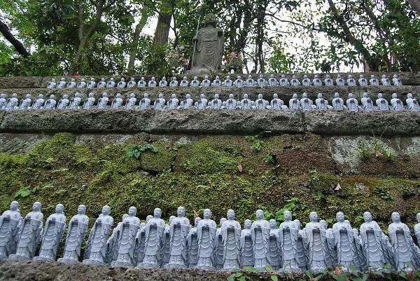 Estatuas de Jizo en el Hase-dera