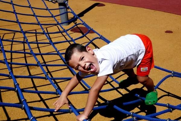 Fotos de Bilbao, Oriol jugando en el parque