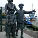 Fotos de Irlanda, estatuas de inmigrantes de Cobh
