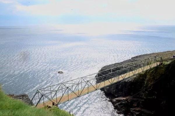 Fotos de Islas Feroe. Mykines,  puente a Mykineshólmur