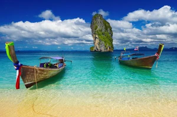 Fotos de Krabi en Tailandia, barcos en la playa de Poda