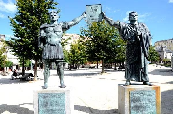 Fotos de Lugo, estatuas romanas