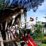 Fotos de Nantes en Francia, Teo y Oriol tobogan dragon
