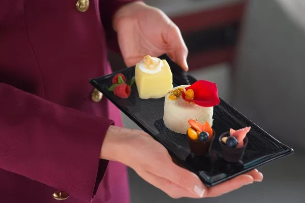 Fotos de Qatar Airways, comida de businnes