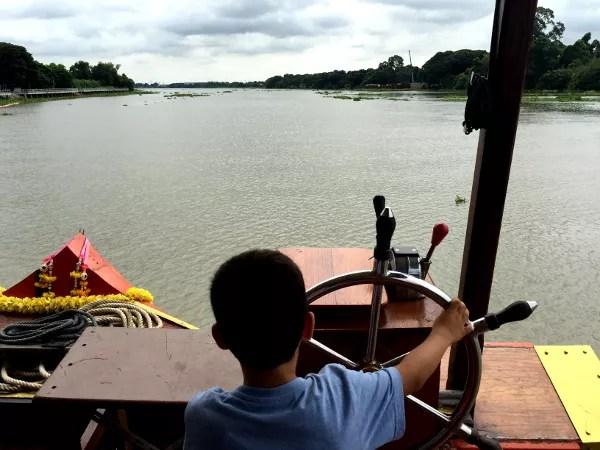 Fotos de Tailandia, Teo navegando