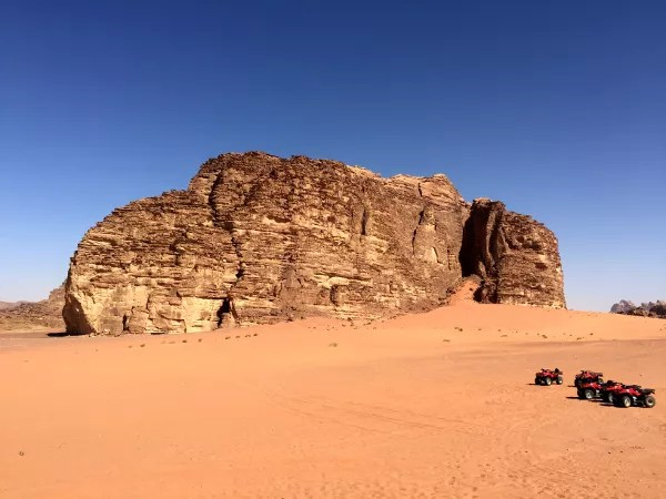 Fotos de Wadi Rum, Jordania - quads en el desierto