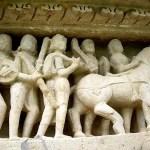 Fotos de los templos eroticos de Khajuraho, estatuas