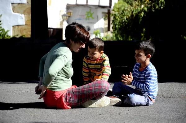Fotos del Goierri en Euskadi, Vero, Teo y Oriol en Zerain