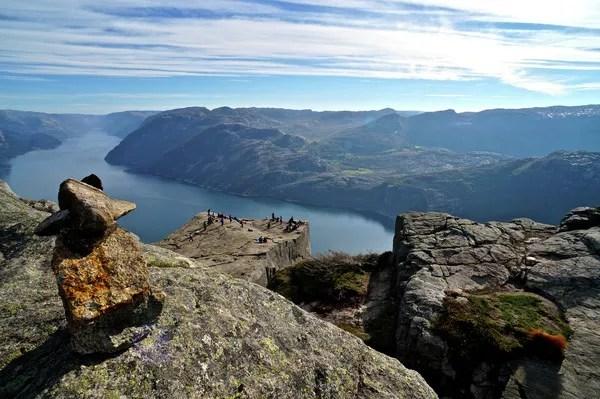 Fotos del Púlpito en los Fiordos Noruegos, piedras