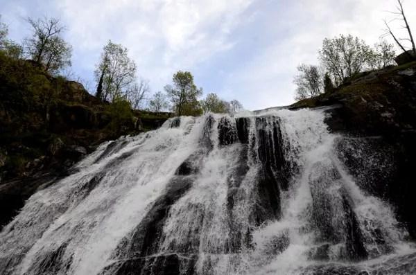 Fotos del Valle del Jerte en Caceres. Cascada del Caozo