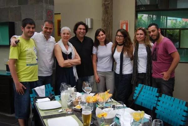 Integrantes del #LANtrip con Gastón Acurio y Pierina Papi