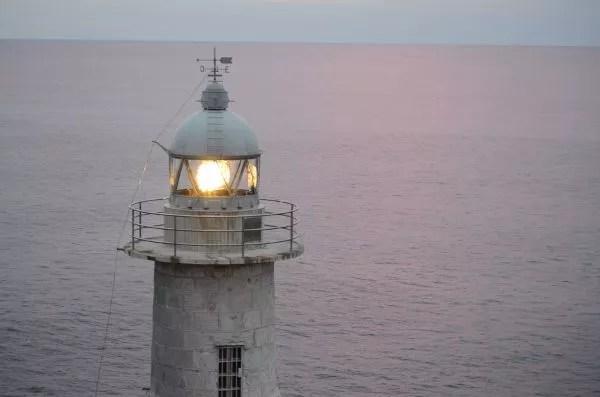 Linterna del Faro de Santa Catalina en Lekeitio