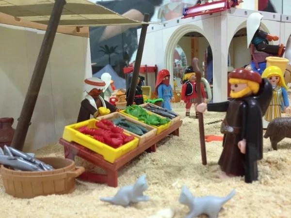 Mercado en la Exposición de Playmobil en el Castillo de Santa Bárbara de Alicante