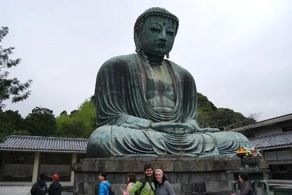 Pau y Vero ante el Daibutsu de Kamakura