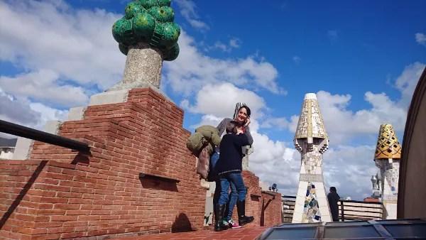 Fotos de Barcelona con niños, Palau Guell azotea