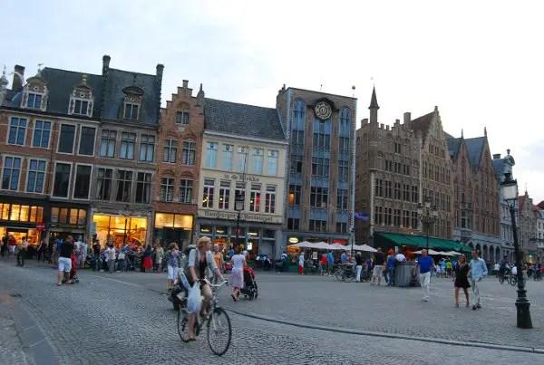 Plaza Markt de Brujas