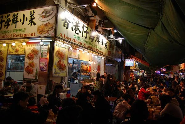 Restaurante callejero en Temple Street