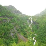 Saltos de agua desde el Tren de Flåm
