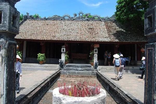 Templo de Tien Hoang De en Hoa Lu