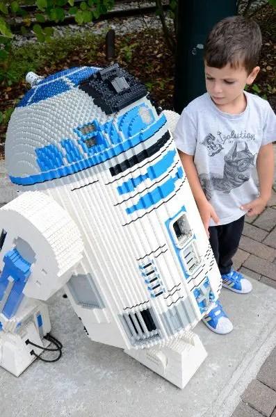 Teo y RD2D en Legoland Alemania