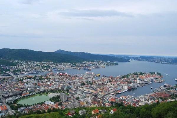 Vistas de Bergen desde el monte Fløyen
