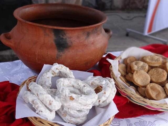 Delicias de la variada repostería chapaca y sus secretos