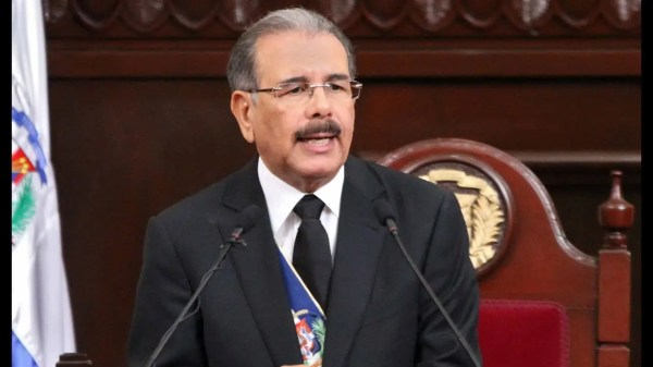 Danilo Medina se dirige al país