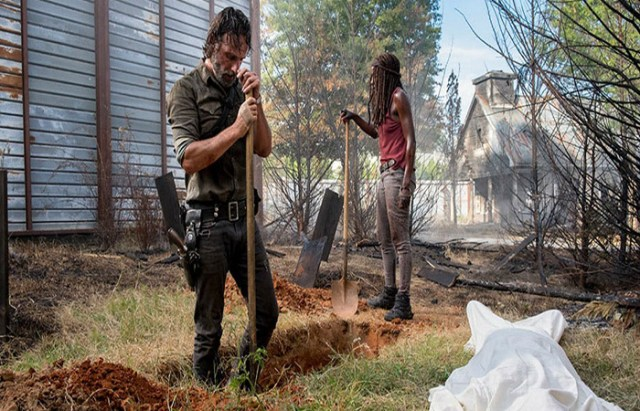 Michonne y Rick The Walking Dead El Palomitrón
