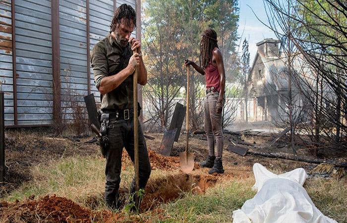 Michonne y Rick The Walking Dead El Palomitrón