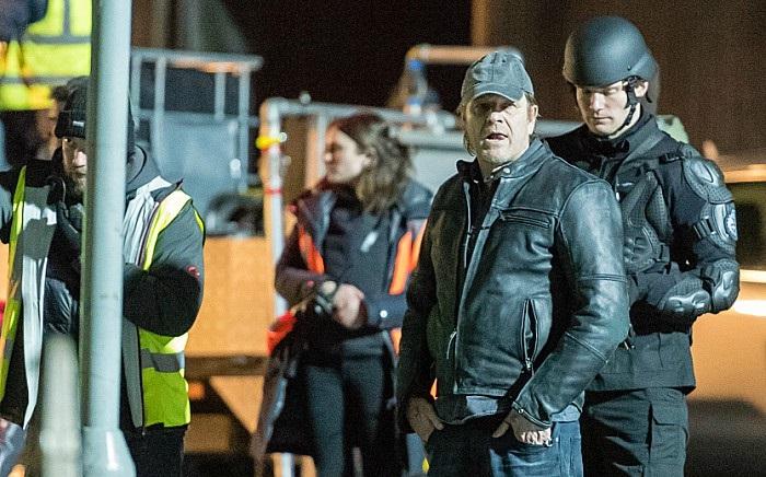 estreno curfew serie Sean Bean - El Palomitrón
