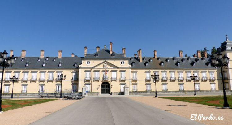 Fachada principal del Palacio de El Pardo
