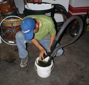 El ponchado de las llantas es uno de los percances más comunes entre los ciclistas (Foto Agustín Durán/El Pasajero)