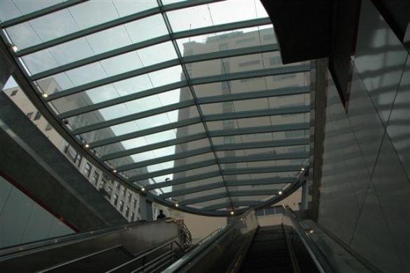 Pabellón en la estación Pershing Square. Foto: José Ubaldo/Metro.