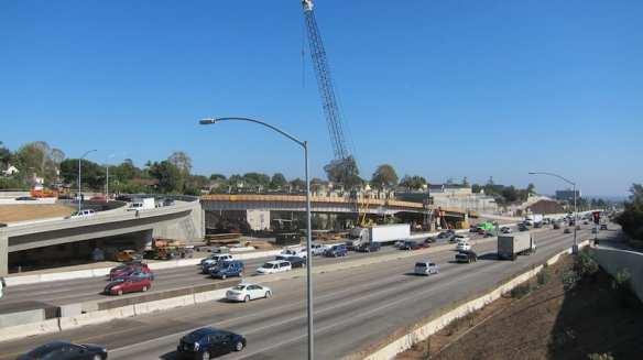 Nueva rampa de salida en Sunset Boulevard, la cual se encuentra bajo construcción hoy en día, tendrá una capacidad de un 60 por ciento mas.