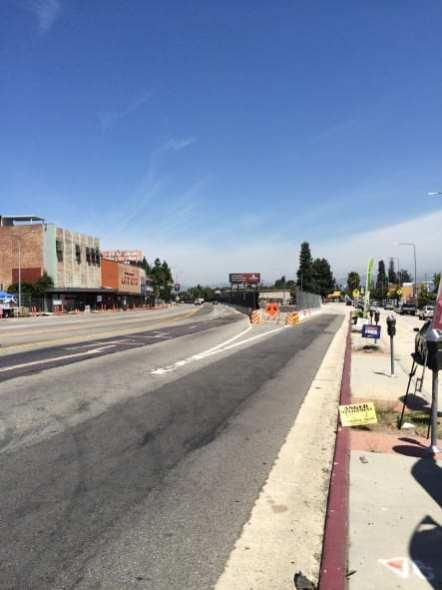 Crenshaw Boulevard y 48th Street, donde empezarán los cierres el viernes 28 de agosto.