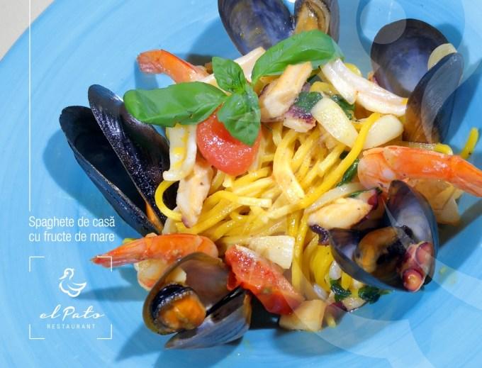 Spaghete de casa cu fructe de mare