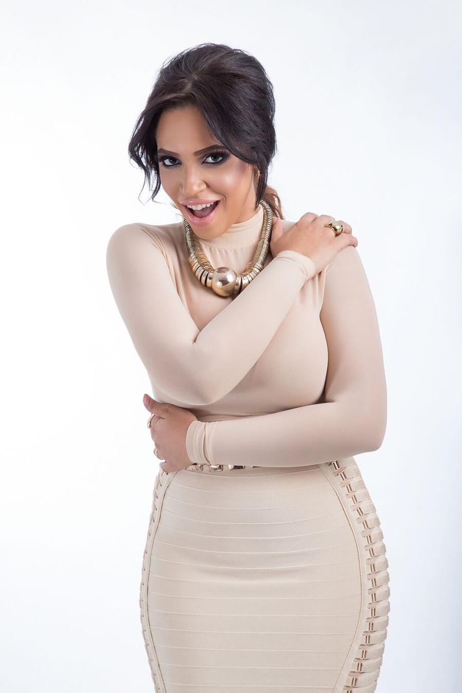 Juliana repunta con dos merengues en la radio dominicana