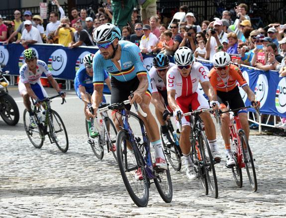 La selección belga fue muy ambiciosa. Boonen, seguido de Kwiatkowski, (Polonia) que defendía título.