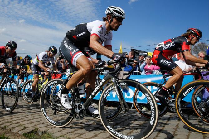 A Cancellara no le bastó con atacar en el Oude Kwaremont. Sagan se le escapó, y no pudo dar caza al campeón del mundo.