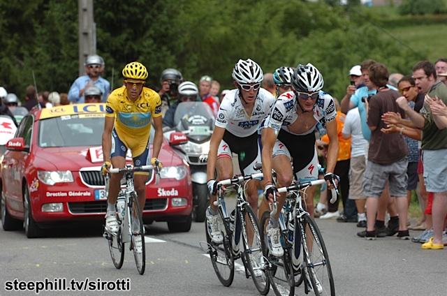 El apellido Schleck va estrechamente ligado al de Contador. Menudos duelos tuvieron en las montañas francesas. © Stephill