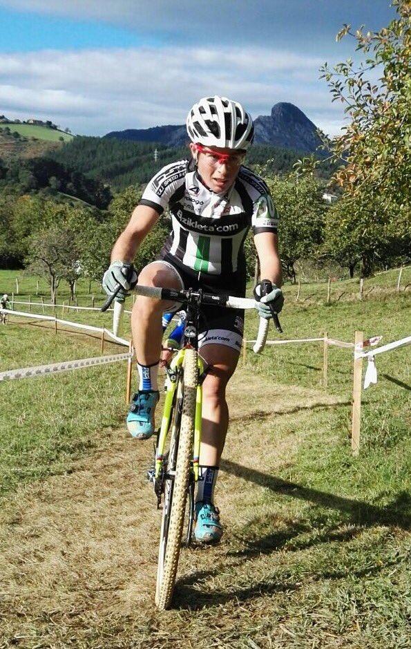 Olatz Odriozola fue la vencedora en la prueba de féminas de Abadiño (Foto: @BizicletaCom )