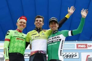 Imagen del podium en Coppi y Bartali (Fuente: Facebook Jaime Rosón)