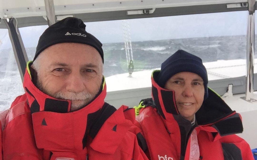 16 ¡Primera experiencia con mal tiempo en Catamarán!