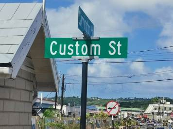 calle de las aduanas en Tobago