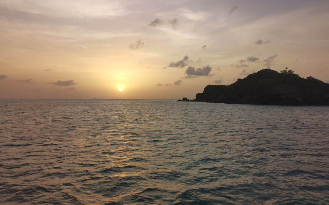70 Antigua y Barbuda